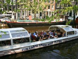 Canal cruising-hellomyholiday