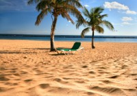 To work and live in the Canary Islands