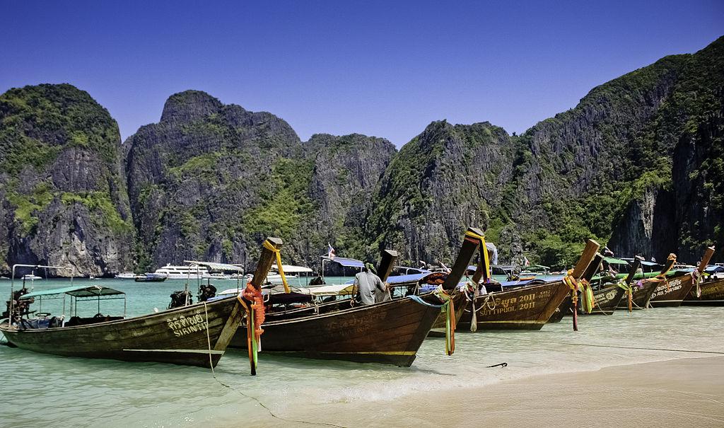 1024px-Longtail_Boat_At_Maya_Bay,_Krabi,_Thailand