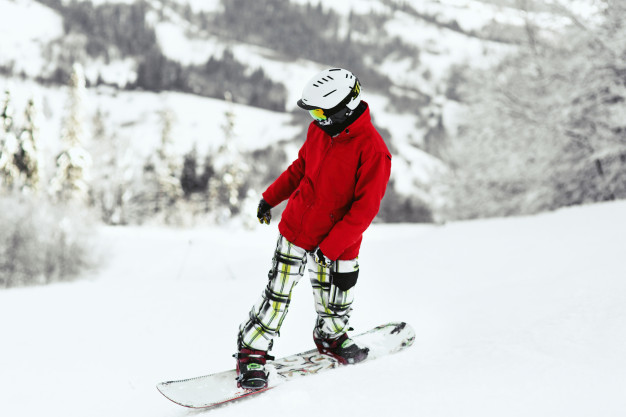 look-from-snowboarder-red-jacket-mountain-hills-covered-with-snow_8353-1052